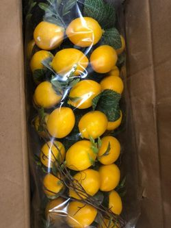 """25"""" Lemon Cone Topiary with Greenery for Sale in Pompano Beach,  FL"""