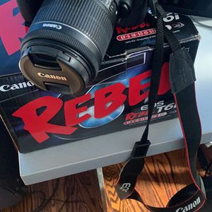 Canon Rebel T6i for Sale in Scotch Plains, NJ