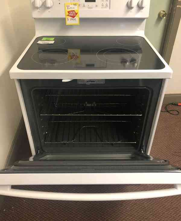 GE Electric Stove 🙈⚡️⚡️⏰🍂🍂✔️🔥😀🙈⚡️⏰🍂✔️🙈⚡️⏰🍂✔️✔️🔥 Appliance Liquidation!!!!!!!!!!!!!!!!!!!!!!