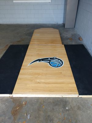 Power lift platform with weight stand for Sale in Orlando, FL