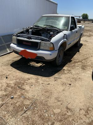 99 GMC Sonoma s10/s15 Wrecking out parts only for Sale in Fresno, CA