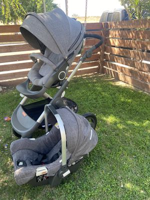 Stokke Trailz Stroller and 2 Car Seats for Sale in Long Beach, CA