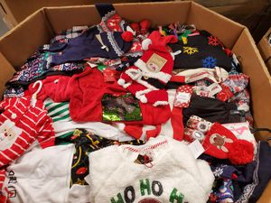 Pallet of Christmas clothes, baby, girls, boys Men's women's all new for Sale in South Gate, CA