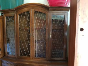 Ethan allen china cabinet for Sale in Oswego, IL