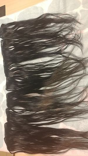 Premium quality 100% human hair extensions clip on . 18 inches for Sale in Phoenix, AZ