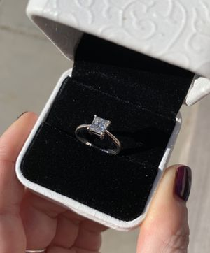 1 CT VS1 High Shine Genuine Princess Cut Diamond for Sale in El Mirage, AZ