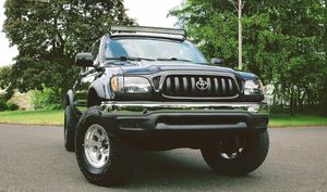 Excellent condition 03 Toyota Tacoma for Sale in Philadelphia, PA