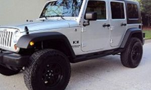 Asking$16OO Jeep Wrangler Unlimited 2OO7 CLEAN TITLE for Sale in Plano, TX