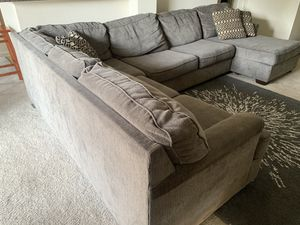 Sectional couch for Sale in San Pablo, CA