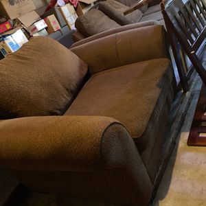 Oversized Brown Couches for Sale in Fresno, CA