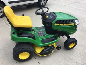 John Deere Riding lawn mower tractor D125 for Sale in Strongsville, OH
