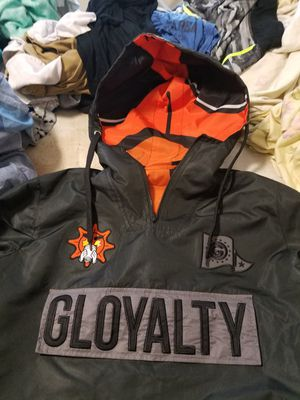 LARGE MENS JACKET WITH A POCKET IN FRONT HOODIE for Sale in Washington, DC