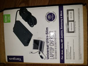 Targus laptop charger 90w open box never used 30 For: Acer, Asus, HP, Lenovo, Samsung & More for Sale in Torrance, CA