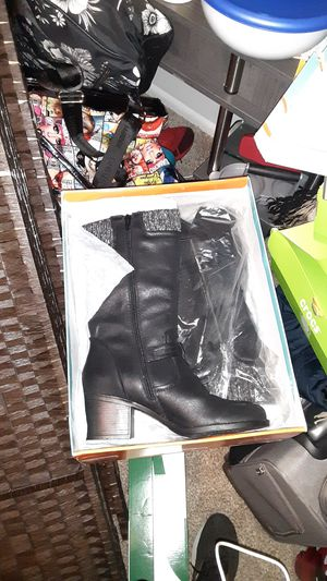 Baretraps Weslin High heel boots sz 10 for Sale in UPPER ARLNGTN, OH