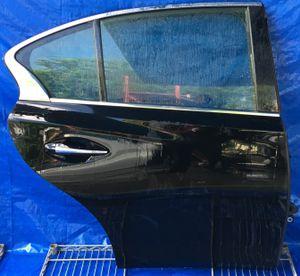 2014 - 2018 INFINITI Q50 REAR RIGHT PASSENGER SIDE DOOR BLACK for Sale in Fort Lauderdale, FL