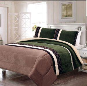 King size 3 pc set blanket brand new borrego quality for Sale in Salem, OR