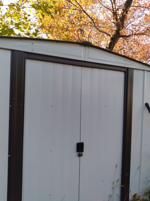 Outdoor shed for Sale in Forest Heights, MD