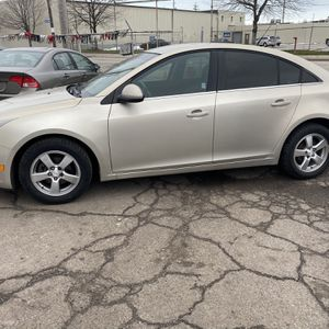 2012 Chevy Cruz for Sale in Cleveland, OH