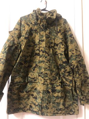 Marine camo parka Size large for Sale in Crofton, MD