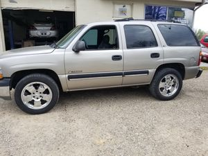 2001 Chevy Tahoe 4wd for Sale in Somerset, OH