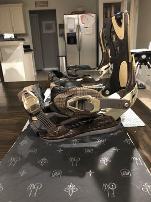 Flow Snowboard with Drake bindings for Sale in Stuart, FL