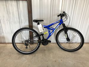 """29"""" mountain bikes with gear for Sale in San Antonio, TX"""