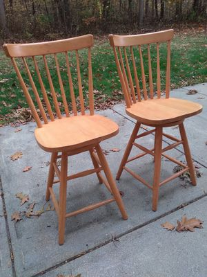 Bar stools, swiveling seats for Sale in Lincoln, RI