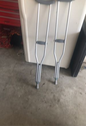 FREE crutches for Sale in Las Vegas, NV