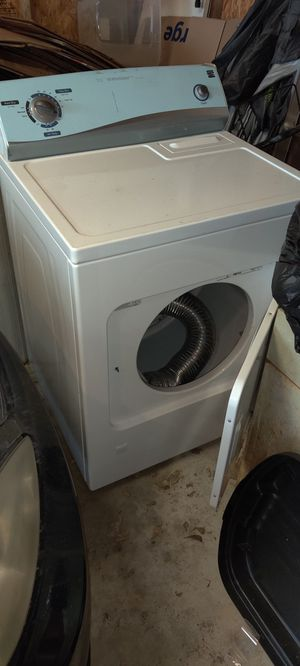 Kenmore Gas Dryer : like new for Sale in Wichita, KS