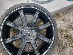 22 inch universal 5 lug rims Tires in great condition for Sale in Kenneth City, FL
