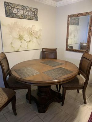 Dinning kitchen table for Sale in San Diego, CA
