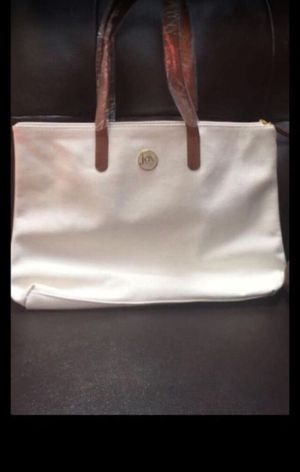 Joy Manago white tote bag and cross body bag for Sale in Bowie, MD