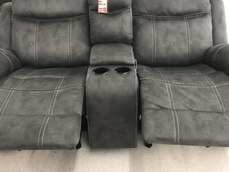 Rocker Recliner Love Seat w/charging ports for Sale in Austin,  TX
