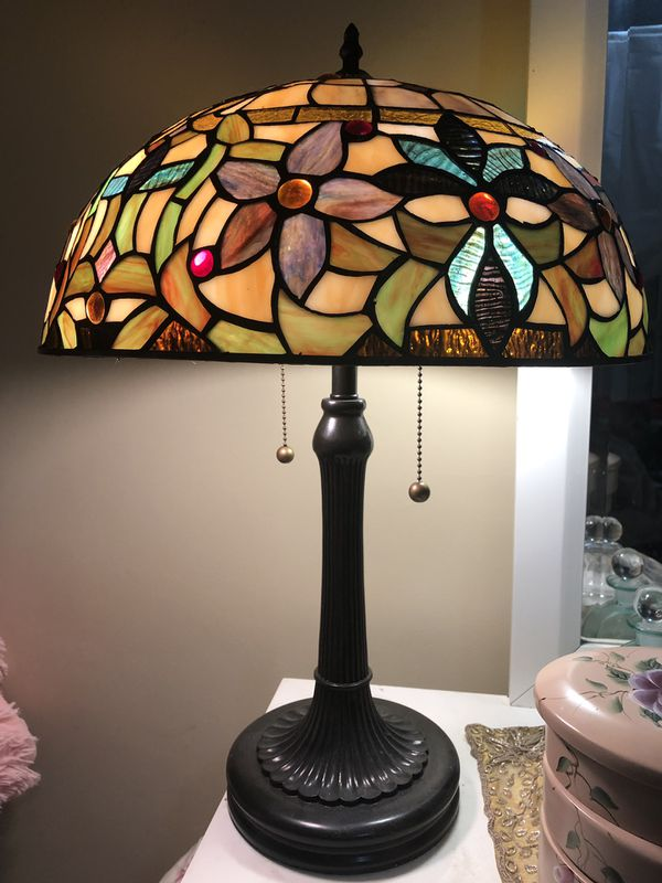 Quoizel Stained Glass Lamp