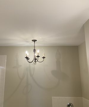 5 candle chandelier (Bronze finish) for Sale in Hazlet, NJ