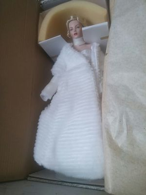 BNIB Franklin Heirloom Dolls Marilyn Monroe ALL ABOUT EVE full Body Porcalin Figure for Sale in Tempe, AZ