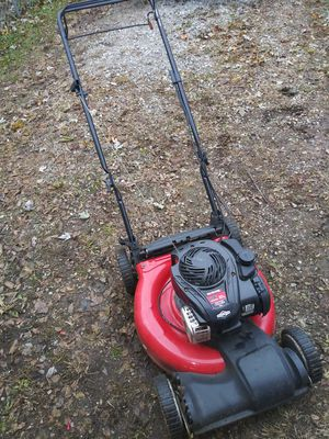 "Yard Machine Briggs & Stratton 21"" 550EX Series 140cc Self Propelled Mower for Sale in Indianapolis, IN"