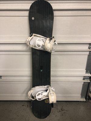 JP Walker Snowboard Pro Model with bindings 152 cm for Sale in Puyallup, WA