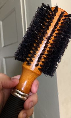 Round Brush for Sale in Queens,  NY