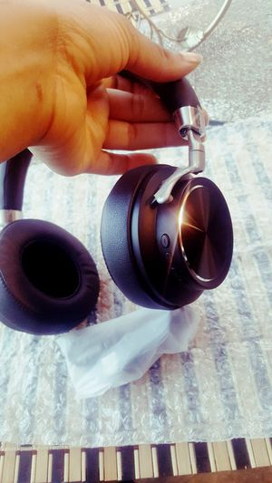 wireless headset / headphone for Sale in Fort Worth, TX