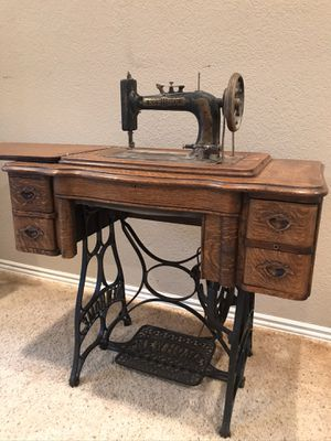 1915 New Home sewing machine for Sale in Clovis, CA