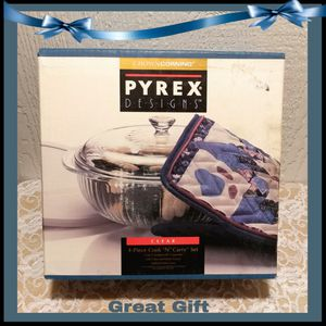 NEW 4PC PYREX COOK & CARRY SET for Sale in Ontario, CA