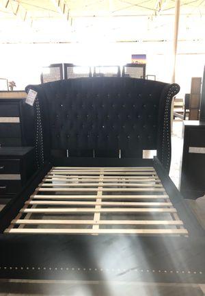 Black bed frame for Sale in Dallas, TX