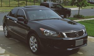 Honda Accord 2008 Runs great, drives smooth Rear fold-down seating for Sale in Green Bay, WI