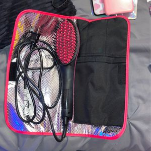 Simply Straight Hair Straighten/ Brush for Sale in Galloway, OH