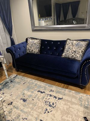 Royal blue velvet with diamond buckle couches +tables for Sale in San Jose, CA