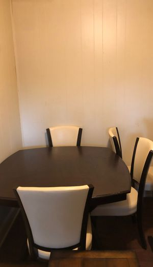Dinning room table and 3 leather chairs for Sale in Buffalo, NY