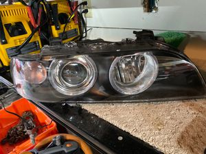 Bmw e39 aftermarket headlight for Sale in Federal Way, WA