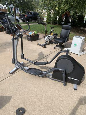 Life Fitness Elliptical for Sale in Oak Lawn, IL