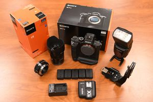 Sony A7rii w/ Zeiss 55mm 1.8 lens +EXTRAS for Sale in Tallahassee, FL